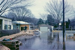 Assisting Stillwater - Flood of 1965 (4)