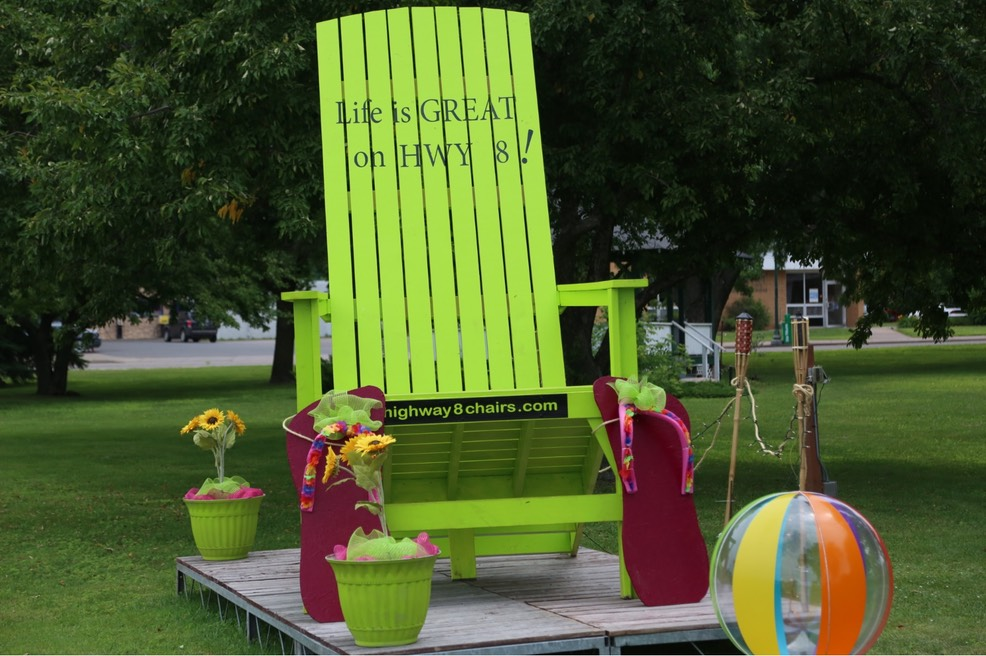 Chisago City's Hwy 8 chair.jpg